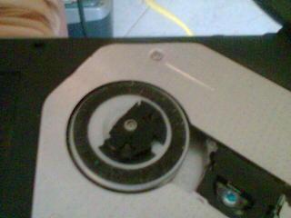 Il mio lettore CD, quasi rotto.